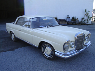1963 Mercedes Benz 220SE Coupe