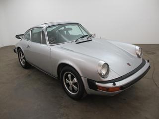 buying a vintage 1975 porsche 911 beverly hills car club. Black Bedroom Furniture Sets. Home Design Ideas