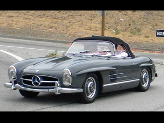 buying a vintage 1957 mercedes benz 300sl roadster. Black Bedroom Furniture Sets. Home Design Ideas