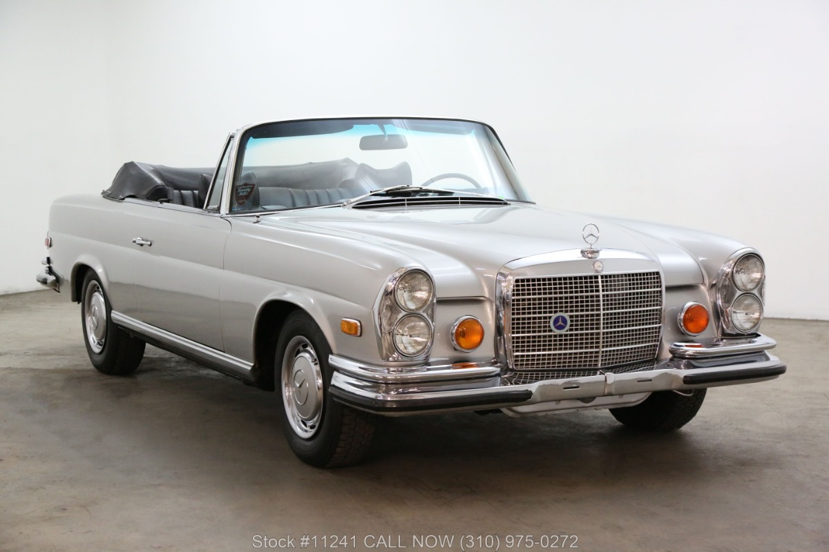 1970 Mercedes-Benz 280SE Low Grille