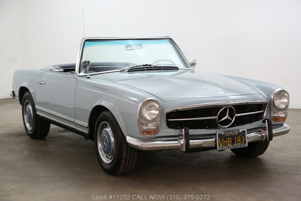 1965 Mercedes-Benz 230SL Pagoda with 2 Tops