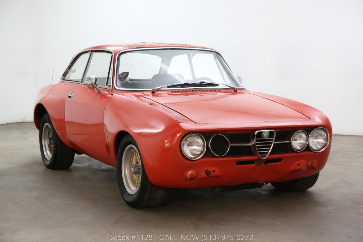 1972 Alfa Romeo 2000 GT Veloce