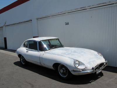 1968 Jaguar XKE 2+2 Series 1.5 width=