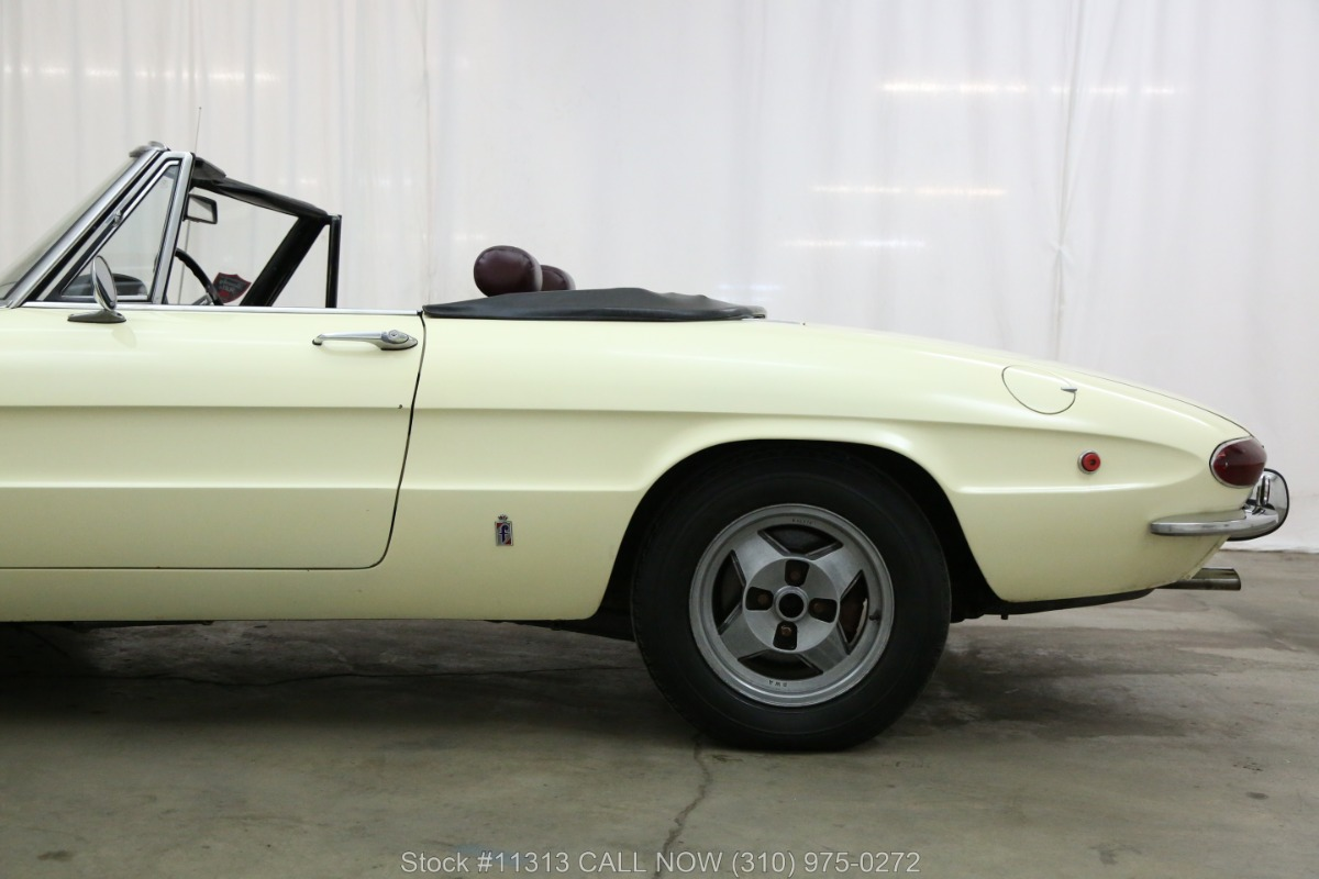 Used 1969 Alfa Romeo Duetto 1750  | Los Angeles, CA