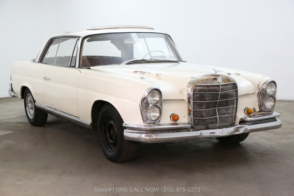 1965 Mercedes-Benz 220SE Sunroof Coupe