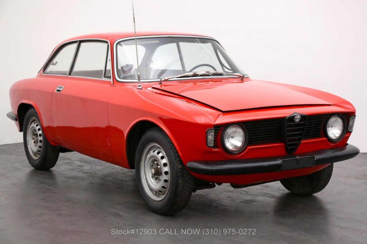 1965 Alfa Romeo Giulia Sprint GT Stepnose