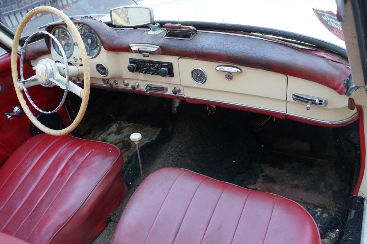 Used 1960 Mercedes-Benz 190SL  | Los Angeles, CA