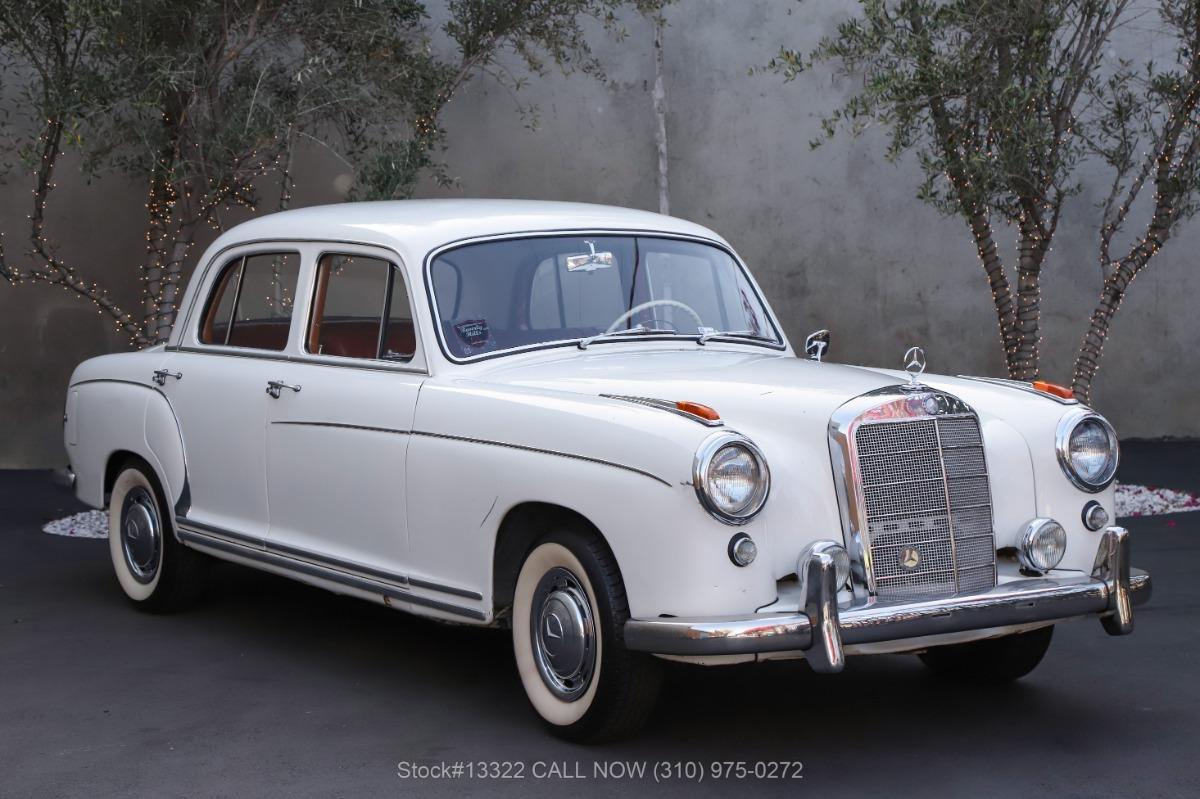 1957 Mercedes-Benz 220S Sedan