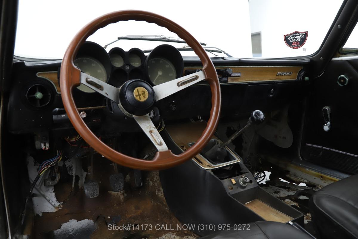 Used 1972 Alfa Romeo 2000 GT Veloce  | Los Angeles, CA