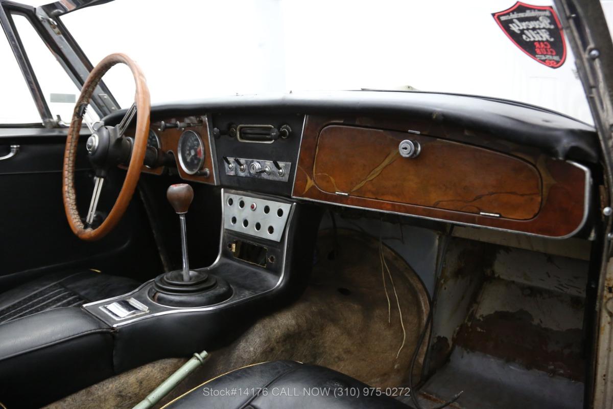 Used 1965 Austin-Healey 3000 BJ8 Convertible Sports Car   Los Angeles, CA