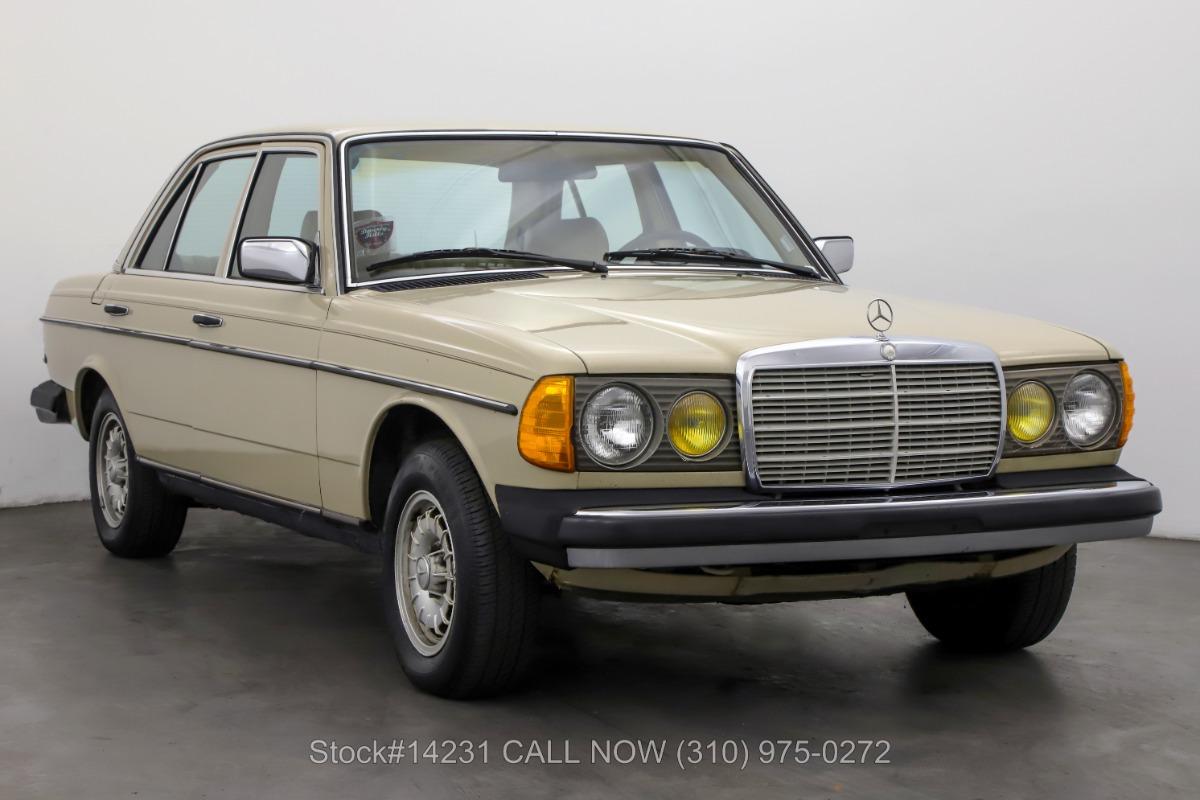 1981 Mercedes-Benz 240D Diesel 4-Speed