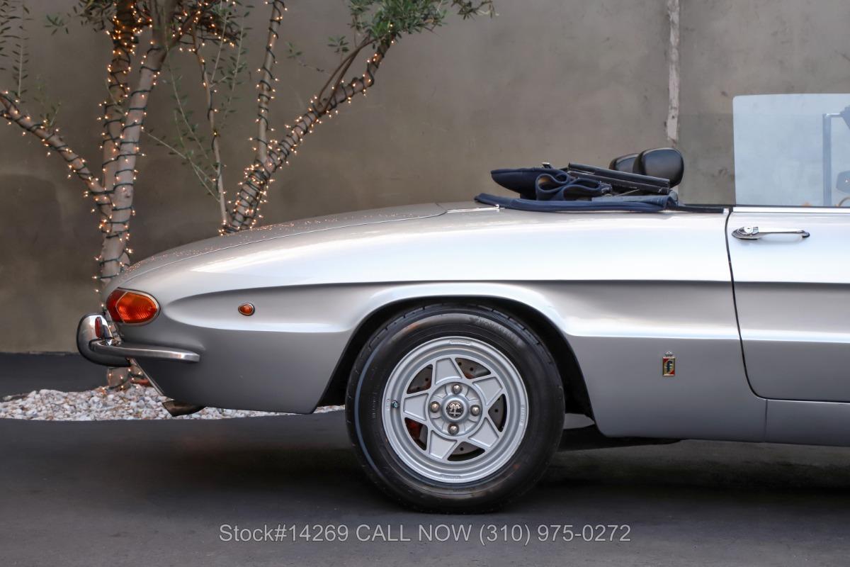Used 1969 Alfa Romeo Giulia Spider 1300 Junior    Los Angeles, CA