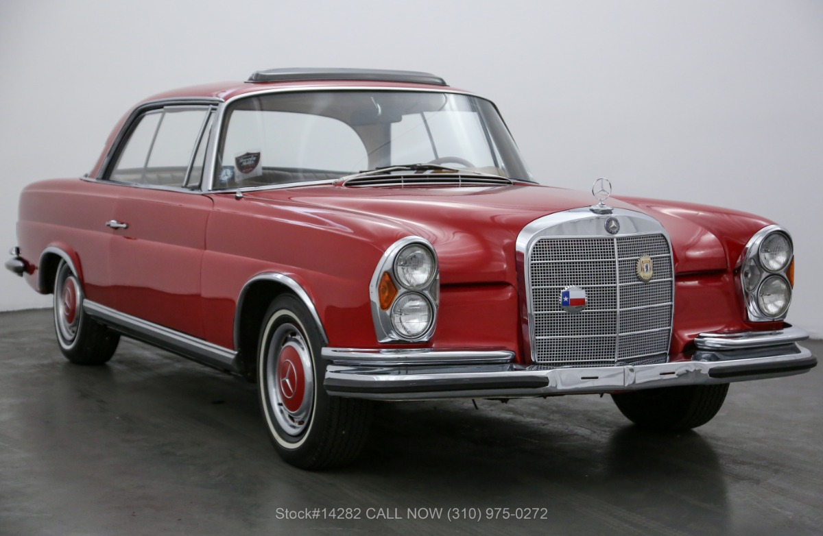 1967 Mercedes-Benz 280SE Sunroof Coupe