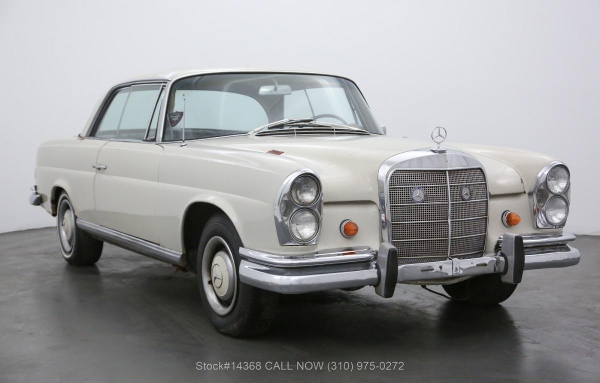 1967 Mercedes-Benz 250SE Coupe
