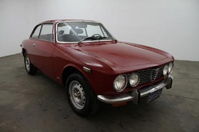 1973 Alfa Romeo GTV 2000  width=