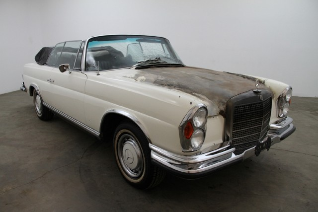 1971 mercedes-benz 280se 3.5 cabriolet | beverly hills car club