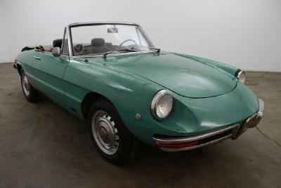 1969 Alfa Romeo Duetto  width=