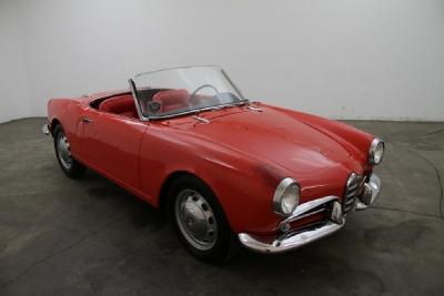 1960 Alfa Romeo Giulietta Spider width=