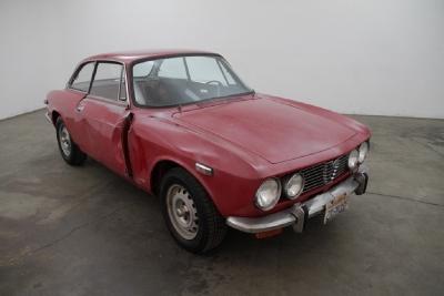 1971 Alfa Romeo GTV  width=