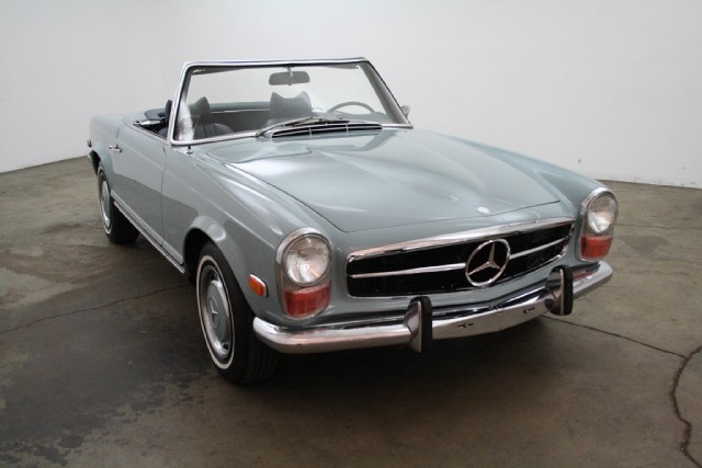 1970 mercedes benz 280sl with 2 tops beverly hills car club for Mercedes benz service beverly hills