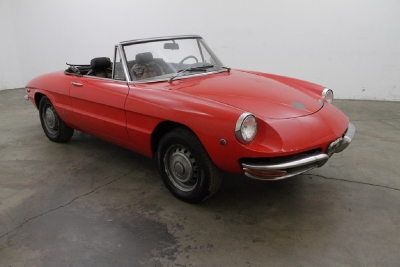 1970 Alfa Romeo 1750 Round Tail Spider width=