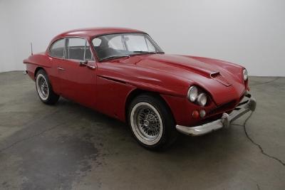1966 Jensen CV8 Coupe