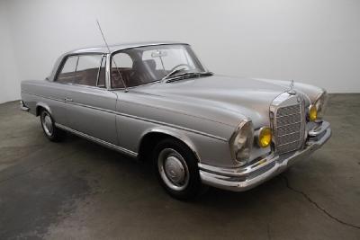 1966 Mercedes-Benz 250SE Coupe