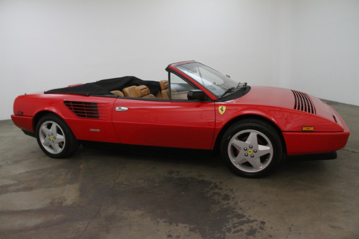 ferrari mondial qv convertible 1984 ferrari mondial qv. Black Bedroom Furniture Sets. Home Design Ideas
