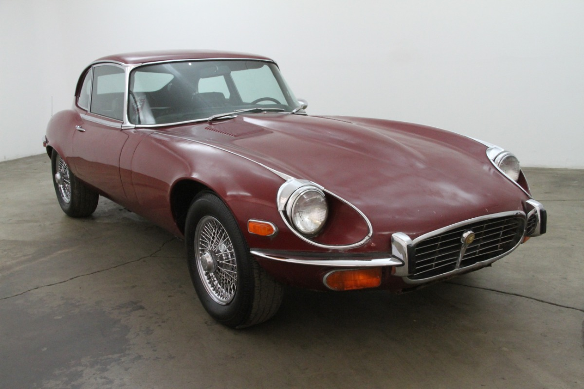 1972 Jaguar XKE 2+2