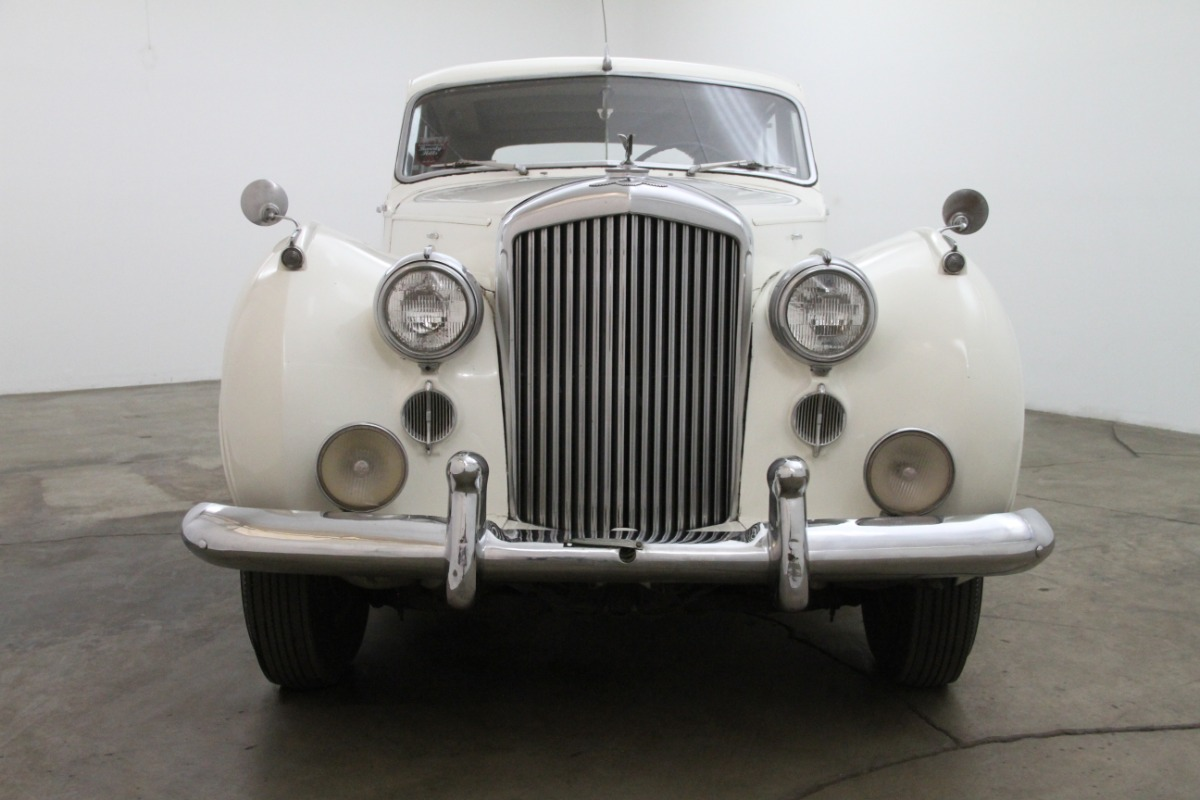 1952 Bentley R-Type Saloon By H.J Mulliner LHD   Beverly Hills Car ...