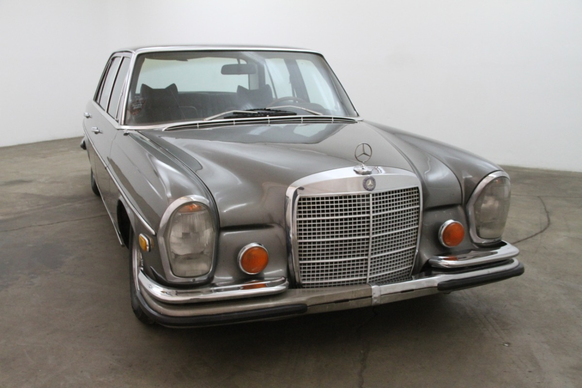 1971 mercedes benz 300sel beverly hills car club for Beverly hills mercedes benz service