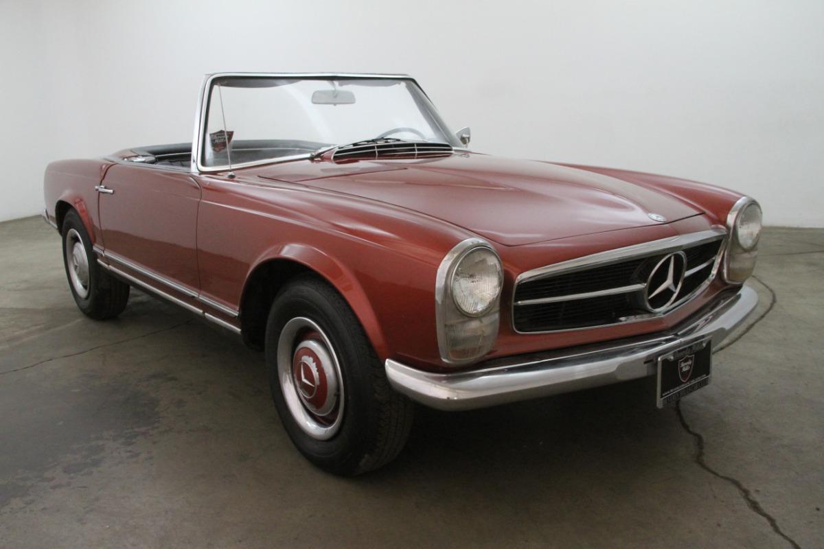 1964 Mercedes-Benz 230SL Pagoda