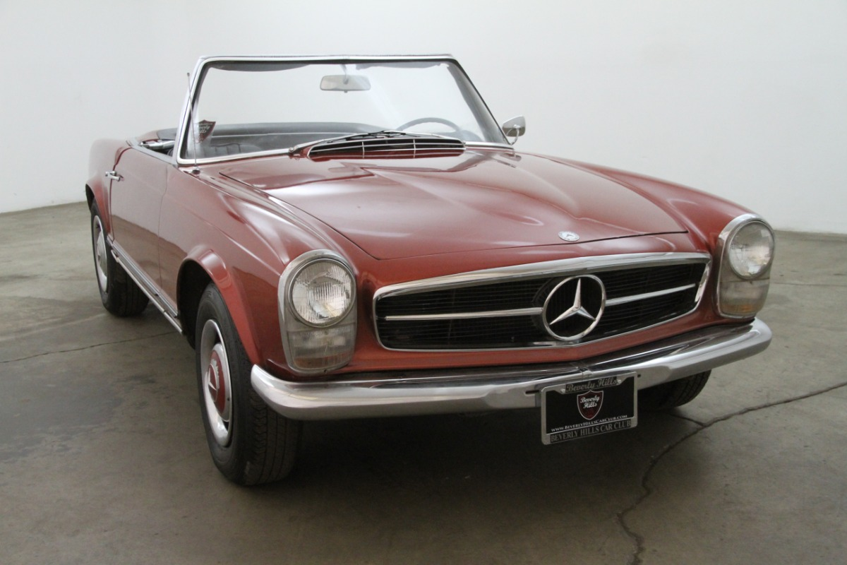 1964 mercedes benz 230sl pagoda beverly hills car club for Mercedes benz 230sl