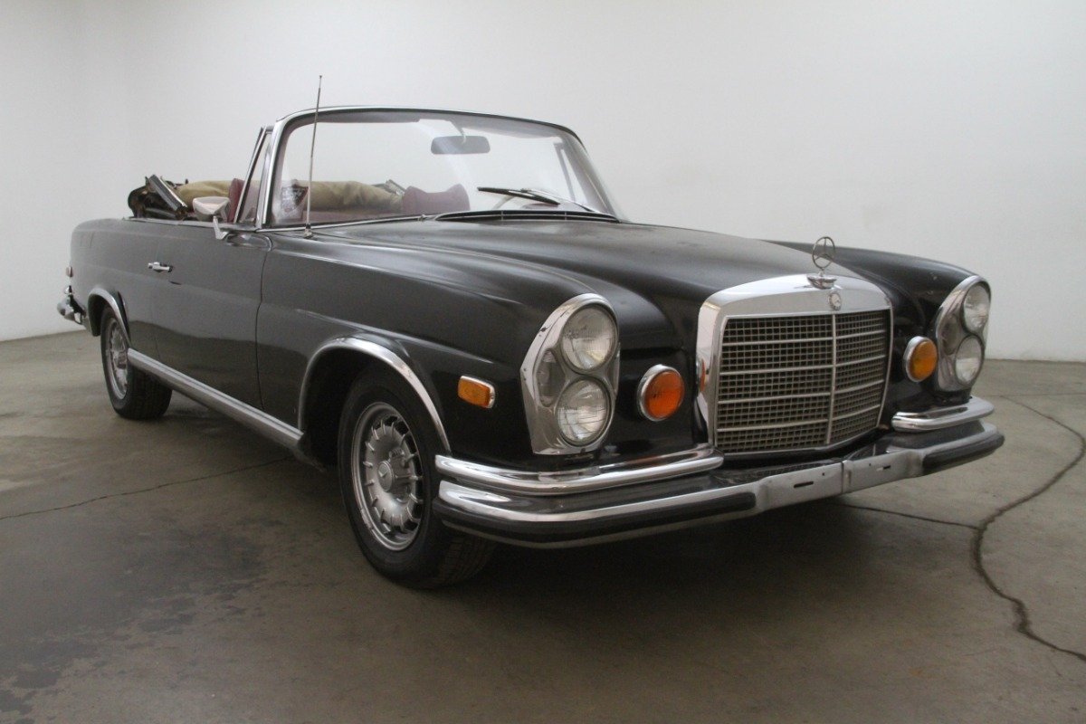 1971 Mercedes-Benz 280SE 3.5 Cabriolet Conversion