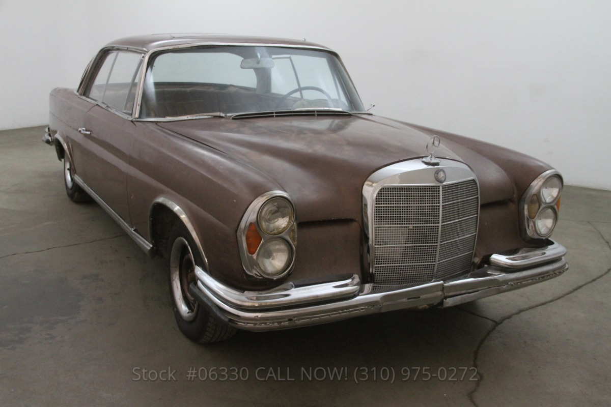 1966 Mercedes-Benz 250SE Sunroof Coupe