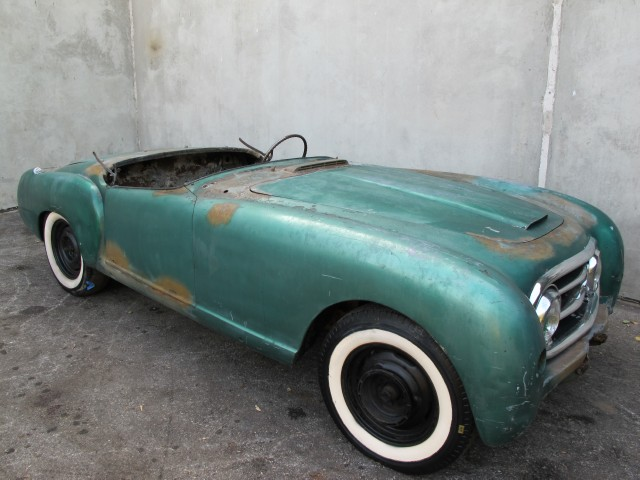 Nash Healey Roadster Beverly Hills Car Club