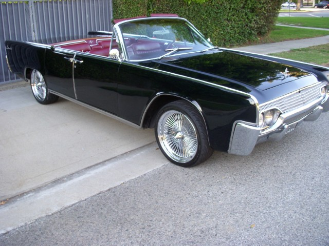 1961 Lincoln Continental Convertible | Beverly Hills Car Club