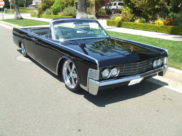 1965 Lincoln Continental Convertible | Beverly Hills Car Club