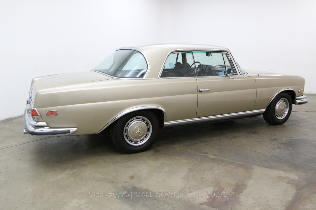 1970 mercedes benz 280se 3 5 sunroof coupe beverly hills for Mercedes benz sunroof