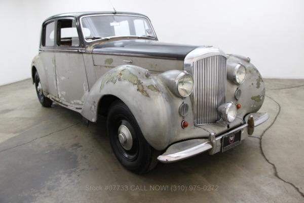 1947 Bentley MK IV Saloon