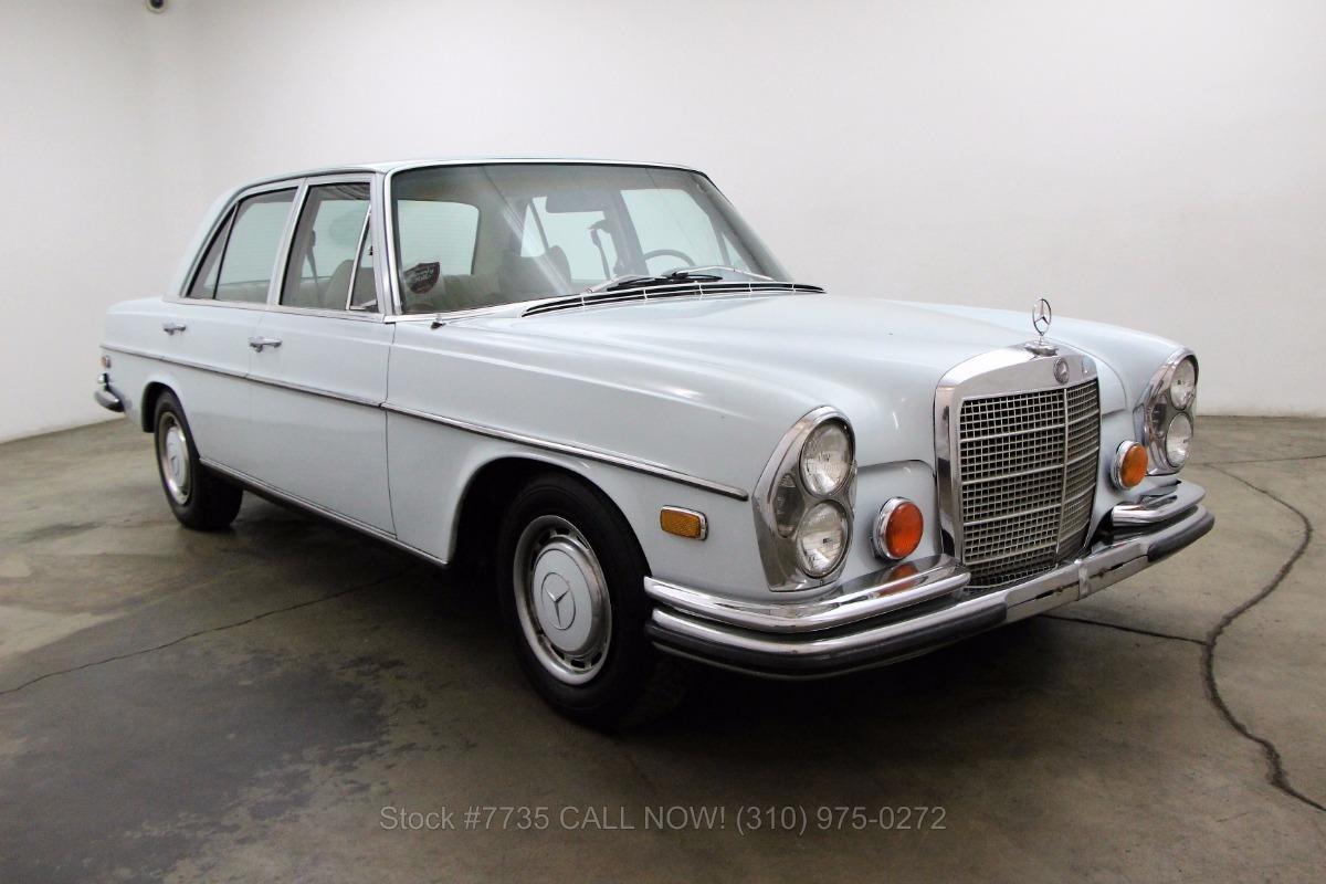 1972 mercedes benz 280se 4 5 sedan beverly hills car club. Black Bedroom Furniture Sets. Home Design Ideas