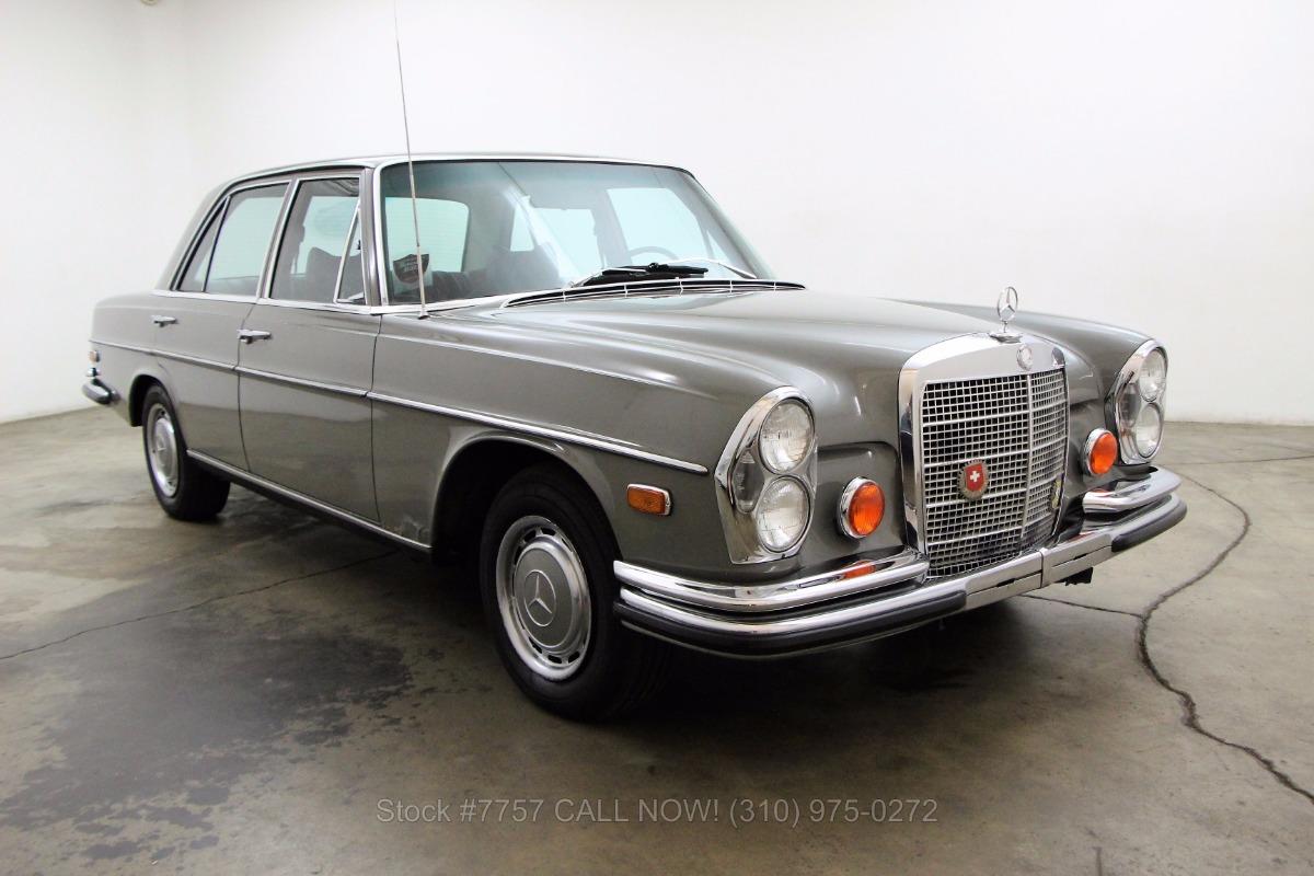 1972 mercedes benz 280se 4 5 beverly hills car club. Black Bedroom Furniture Sets. Home Design Ideas