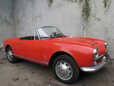 1966 Alfa Romeo 1600 Spider  width=