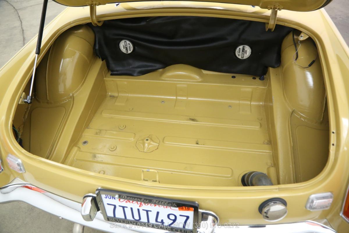 Used 1972 MG B Convertible | Los Angeles, CA