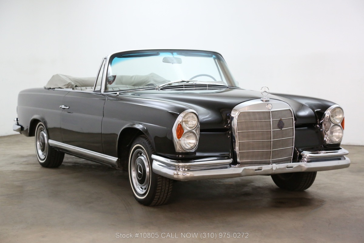 1963 Mercedes-Benz 220SE Cabriolet