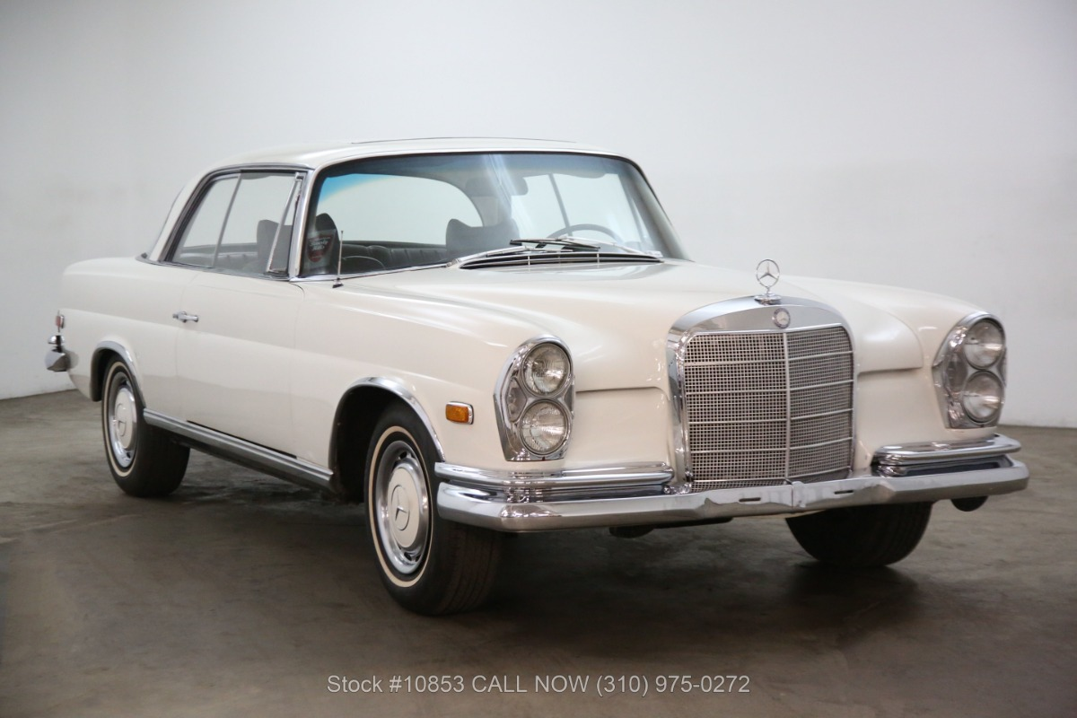 1968 Mercedes-Benz 250SE Sunroof Coupe