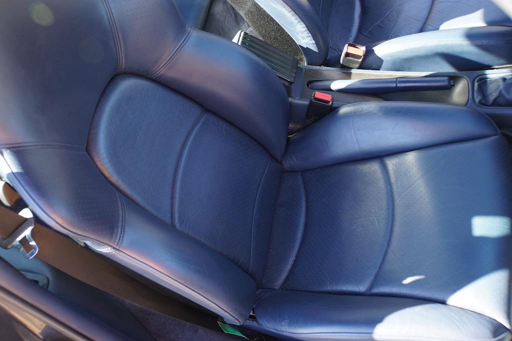 1997 Porsche 993 Turbo seats