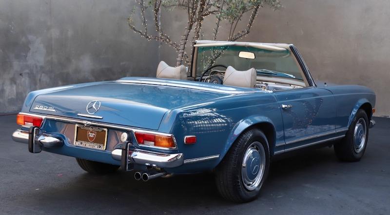 1971 Mercedes 280SL dealership