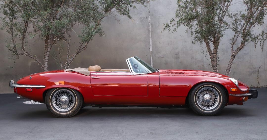 1973-jaguar-xke-dealer